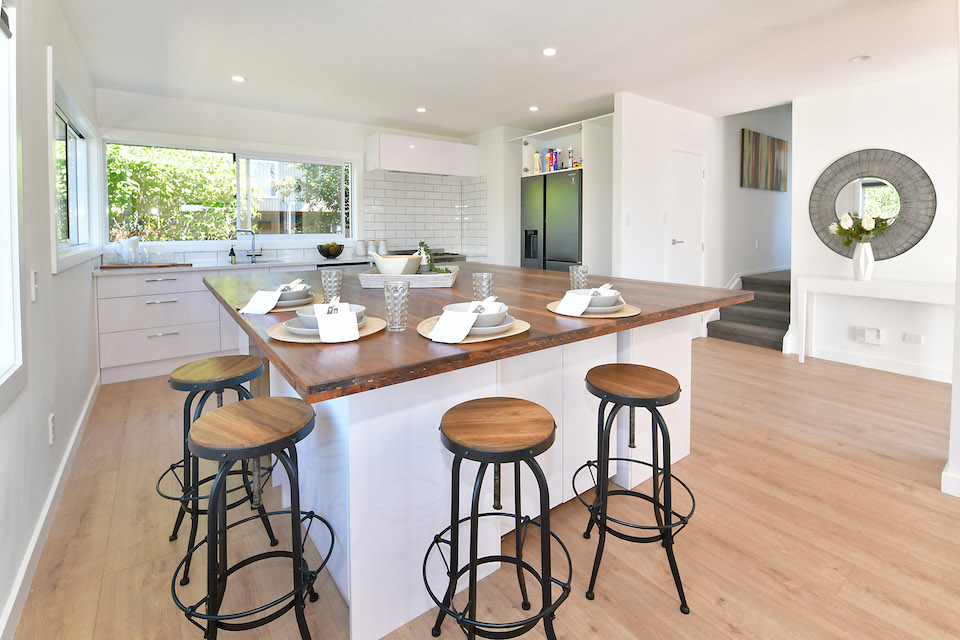 Kitchen renovation - Harnett Renovations - North Shore builder